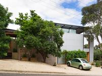 This house in Glen Osmond, South Australia, uses structural formwork in profile LYSAGHT BONDEK® and roofing and walling cladding made from ZINCALUME® steel. Photograph:  Paul Bradshaw