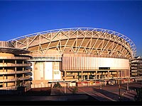 Sydney Olympic Stadium, Homebush Bay uses purlins made from GALVASPAN® steel and LYSAGHT BONDEK® structural decking.
