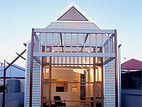 Foundry Street Cottage, Goodwood, Adelaide. The house frame and cladding is made from ZINCALUME® steel.