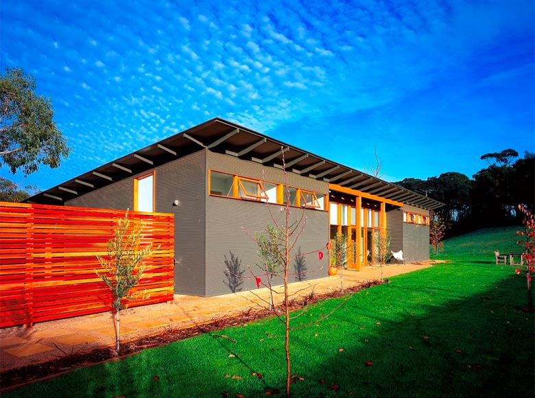 This farm house at main ridge is clad in lysaght mini orb for Colorbond home designs