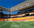 Suncorp Stadium Queensland uses roofing made from LYSAGHT KLIP-LOK 700 HI-STRENGTH®, the underside of the roof is made from perforated LYSAGHT CUSTOM ORB® for acoustic insulation.